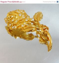 SUMMER SALE Vintage Rose Brooch. Gold. Rhinestones. by waalaa, $25.49