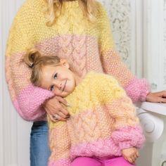 Line Langmo – Dale Garn Crochet Poncho Patterns, Knitting Patterns Free, Free Knitting, Baby Knitting, Free Crochet, Knit Crochet, Crochet Hats, Girls Poncho, Baby Poncho