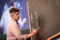 "New York Times Names Alejandro Aravena Among 28 ""Creative Geniuses"" of 2016"