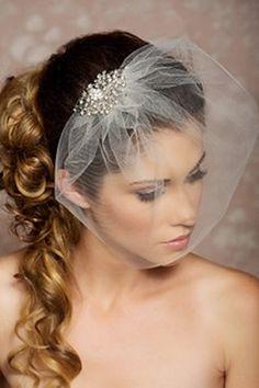 Tocados para novia velo francés detalle pedrería