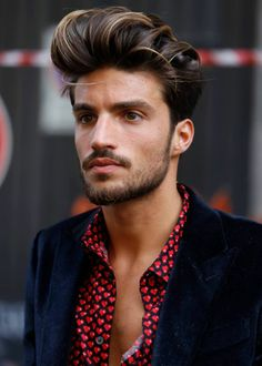 Mariano Di Vaio by Nicola Bedussi Hair, again and always. Oval Face Hairstyles, Undercut Hairstyles, Cool Hairstyles, Undercut Fade, Fashion Hairstyles, Medium Hairstyles, Beard Styles For Men, Hair And Beard Styles, Oval Face Men