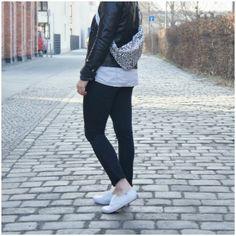 BILDHÜBSCH: outfit. leatherjacket, keds & diy ripped jeans.