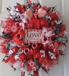 Love Is In The Air Valentine Wreath Deco Mesh By Pjcreativewreaths 67 50 Day Wreaths