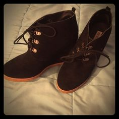 Steve Madden Wedges Size 10, very lightly worn, like new Steve Madden Shoes Ankle Boots & Booties
