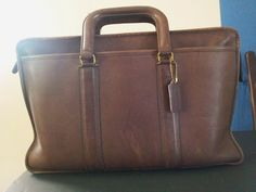 COACH Brown Soft LEATHER Briefcase..VINTAGE Chocolate COLOR Fob Handled ZIPPERED #Coach #BRIEFCASE