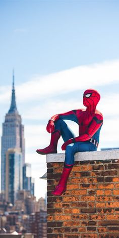 superhero marvel geek news was created for fun and to share our passion with other fans.It's entirely managed by volunteer fans superhero marvel movies. Spiderman Poses, Spiderman Pictures, Spiderman Art, Amazing Spiderman, Marvel Fan Art, Marvel Heroes, Marvel Avengers, Marvel Comics, Captain Marvel
