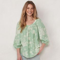 It's easy to look good wearing this women's peasant top from LC Lauren Conrad. Salwar Designs, Blouse Designs, Peasant Blouse, Peasant Tops, Lauren Conrad Kohls, Fashionable Plus Size Clothing, Womens Size Chart, Best Wear, Diva Fashion