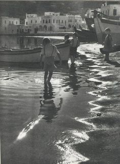 1955-60.Β.Παπαϊωάννου. Κάτω στο Γιαλό.