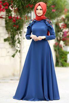 Muslim Dress, Hijab Dress, Habits Musulmans, Hijab Fashion, Fashion Dresses, Moslem Fashion, Culture Clothing, Muslim Women Fashion, Girls Dresses