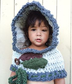 Leaf Cowl by MommysWineDown on Etsy, $26.00