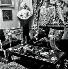 Los otros Balenciaga.  Antonio Cánovas del Castillo trabajó en Paquin, Coco Chanel, Piguet, Elizabeth Arden y Lanvin. En esta última casa creó colecciones durante 13 años.