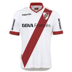 Diseño propio de River Plate 2014/2015 para Macron