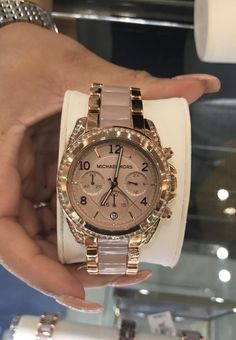 Michael Kors Women's Portia Analog Display Analog Quartz Rose Gold Watch – Fine Jewelry & Collectibles Cute Jewelry, Jewelry Accessories, Fashion Accessories, Stylish Watches, Luxury Watches, Cheap Watches, Men's Watches, Pinterest Jewelry, Mk Watch