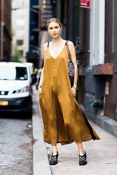 O cetim é o tecido tendência para 2017.