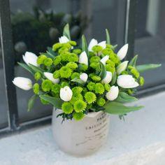 KW 17: 10 Santini und 20 Tulpen für die Tischvase