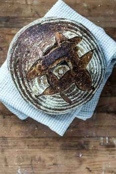 Sauerteig-Brot.