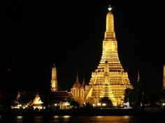 Deshots » Share your unique travel experienceWat Arun ( Temple of Dawn) » Deshots