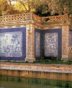 Oeiras, Portugal. Palacio do Marques de Pombal. Casa da Pesca (fish pavilion) de la Quinta da Cima, painted tiles with water scenes based on drawings by-Joseph Vernet, c. 1770