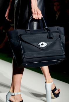 Detail of look 12: Mulberry Willow Tote with Stripes #LFW