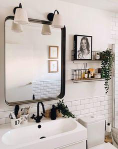 Bathroom design / Diseño baño / Macarena Gea … – diy kitchen decor on a budget Bathroom Renos, Bathroom Interior, Home Interior, Interior Decorating, Interior Design, Bathroom Shelves, Decorating Bedrooms, House And Home Magazine, My New Room