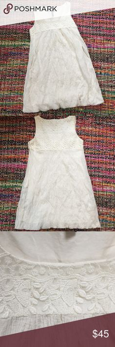 Boho White Embroidered Dress In Great Condition/ Feel free to make a reasonable offer! Has Pockets!!! Laundry by Shelli Segal Dresses Mini