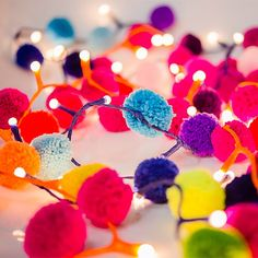 Rainbow Pom Pom Fairy Lights - an easy DIY