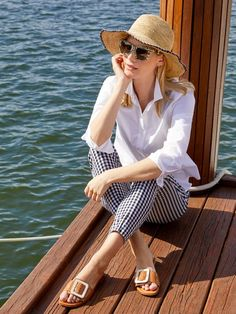 Channel your inner Brigitte Bardot in our eternally classic slim fitting gingham pants. Sailing Outfit, Boating Outfit, Gingham Pants, England Fashion, Pants For Women, Clothes For Women, Slim Fit Pants, Poses, Preppy Style