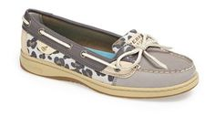 Sperry boat shoe with leopard print http://rstyle.me/n/fkxv4nyg6