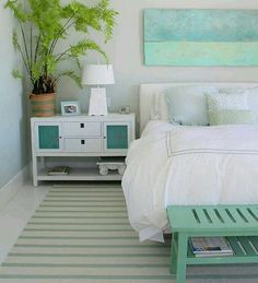House of Turquoise: Molly Frey Design - love the weathered blue boards - Daily Home Decorations House Of Turquoise, Bedroom Turquoise, Aqua Rooms, Coastal Bedrooms, Teen Bedrooms, Attic Bedrooms, Guest Bedrooms, Guest Room, Regal Design