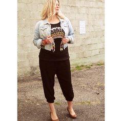 Elastic cuffed track pant in black $38 #trackpant #ourlittlestoreboutique #utahboutiques #utahfashions #ootd #wiw #fashionable #feelgood #ordernow #weship 801.763.2700 #leaveemail&we'llpaypalinvoiceyou #outfit #details #accesorize @ourlittlestoreboutique #utahfashion #tellafriend #americanfork #utah #shopsmall #beyou #seeyousoon