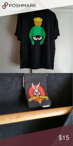 Looney Tunes Shirt Size XL (Men) In great condition Looney Tunes Shirts Tees - Short Sleeve