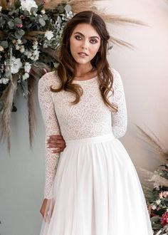 145 stunning wedding dresses with sleeves for fallwinter – page 2 Lace Bodice, Lace Sleeves, Dresses With Sleeves, Stunning Wedding Dresses, Wedding Gowns, Boho Wedding, Bridal Gown, Fall Wedding, Dream Wedding
