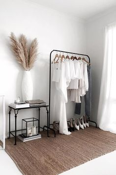 Pampasgras Deko Trockenblumen - Some wardrobe inspiration - We can't help but notice that most of us . - Dreaming of Home Minimalist Interior, Minimalist Bedroom, My New Room, Dried Flowers, Dorm Room, Bedroom Decor, Ikea Bedroom, Bedroom Storage, Bedroom Furniture