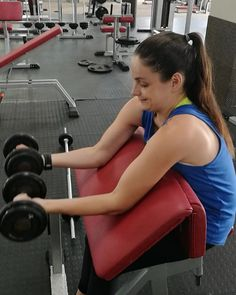 Biceps, Claire, Curls, Bodybuilding, Gym Equipment, Exercise, Instagram, Ejercicio, Excercise