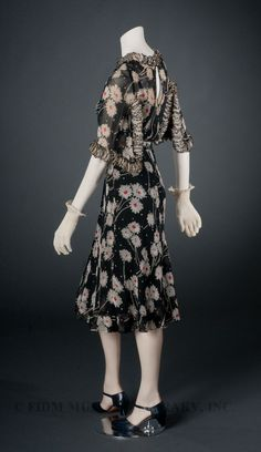 Chanel Dress - c. 1937 - by Gabrielle 'Coco' Chanel - @~ Watsonette. Love this, including the shoes!