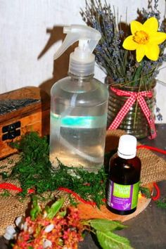 Levandulový sprej na spaní | Žijeme homemade Vodka, Soap, Homemade, Bottle, Beauty, Home Made, Flask, Beauty Illustration, Bar Soap