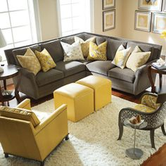 Love the color scheme in this room! Hopefully my new living room colors! Yellow Gray Room, Grey And Yellow Living Room, Grey Room, Living Room Colors, Living Room Grey, Home Living Room, Living Room Designs, Yellow Sofa, Yellow Pillows