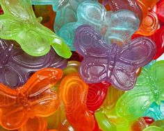 Butterfly gummy candy for party favours - these are EXACTLY what my A wants at her party! Sold at Bulk Barn.