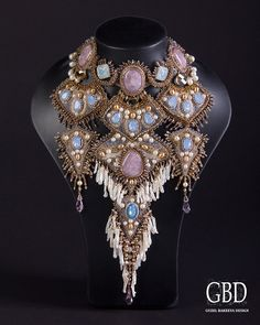 guzel bakeeva | Guzel Bakeeva is a russian beadwork artist. Her jewellery works are ...