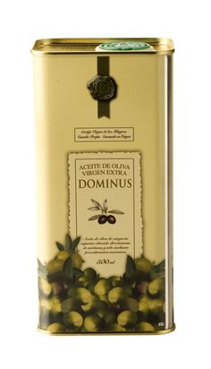DOMINUS Extra Virgin Olive Oil 500 ml. Sierra Magina PDO. Produced with the finest Picual harvested at the peak of ripeness and cold  pressed always within 8 hrs. Deep yellow and olive green. In its enveloping aromas of young fruit, touches of fig leaf, tomato plant, and fresh grass are notable. It is very smooth on the palate, with distinct character, full-bodied, and a balanced bitter tang and fresh finish. #spanish #oliveoil #evoo