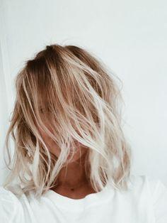 Hair hair styles hair color hair cuts hair color ideas for brunettes hair color ideas Hair Day, New Hair, Your Hair, Corte Y Color, Beach Hair, Messy Hairstyles, Hairstyle Men, Formal Hairstyles, Latest Hairstyles