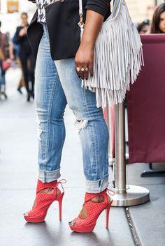 Denim styling secrets that seriously flatter ALL body types cc: @lanebryant