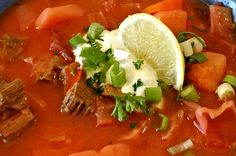 Ukrajinský boršč Thai Red Curry, Ethnic Recipes, Food, Essen, Meals, Yemek, Eten