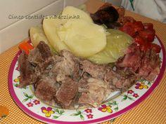 Cinco sentidos na cozinha: Cozido de carne de vaca, legumes e enchidos