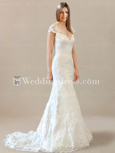 Find lace wedding dress with keyhole back to be a pretty bride on the big day. Free shipping.