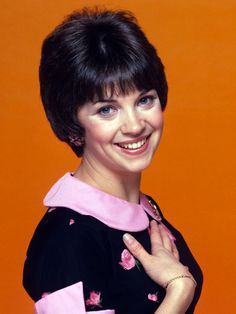 Happy Birthday to Cindy Williams of Laverne & Shirley Cindy Williams, Laverne & Shirley, Actor Studio, Petite Women, Classic Tv, Celebs, Celebrities, Timeless Beauty, Celebrity Pictures