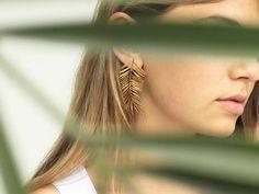 Mini Bar Stud earrings in Gold fill, short gold bar stud, gold fill bar post earrings, gold bar earring, minimalist jewelry - Fine Jewelry Ideas Bar Stud Earrings, Big Earrings, Dainty Earrings, Leaf Earrings, Crystal Earrings, Earrings Handmade, Silver Earrings, Silver Ring, Silver Bracelets