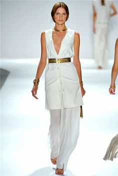 modern Egyptian style clothing as early Egypt influenced modern fashion