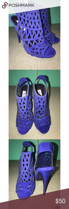 "Steve Madden heels ""Bratt Blu Suede"" - Only worn once Steve Madden Shoes Heels"