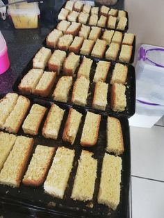 Buttermilk Rusks, Baking Recipes, Cake Recipes, Rusk Recipe, South African Recipes, Biscuit Cookies, Tray Bakes, Chocolate Recipes, Sweet Tooth